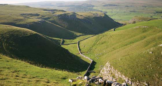 Self-Guided Walking Holidays alond the Dales Way in the United Kingdom