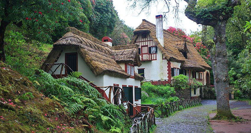 Find charming houses on your Madeira hiking holiday